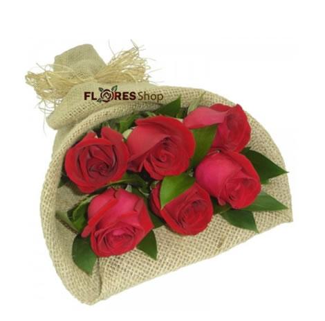 1854 Ramalhete com 6 Rosas
