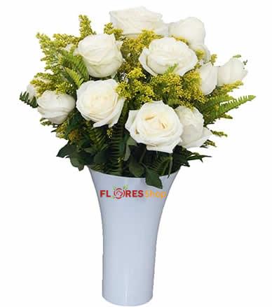 3168 Vaso de Rosas Brancas