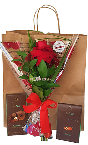 4034 chocolates with flowers