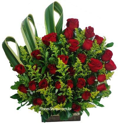491 Arranjo com 30 rosas