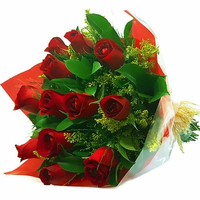 46 Buquê tradicional 12 Rosas Vermelhas