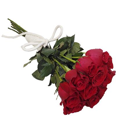1924 Buquê de 12 Rosas Vermelhas Importadas com finalização em Corda de Algodão