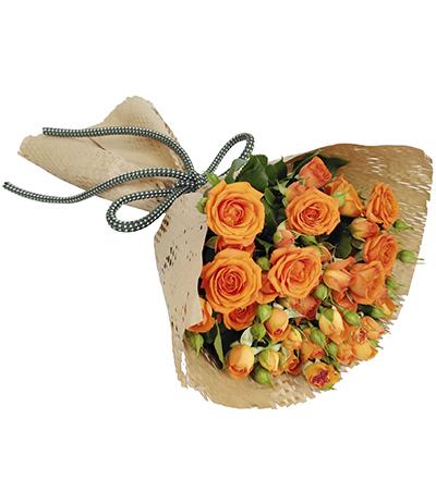 2607 Buquê de Mini Rosas Laranja embalagem Kraft
