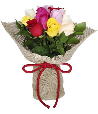 2701 Buquê de 12 Rosas Coloridas em Juta