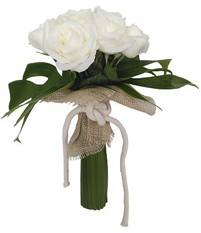 539 Buquê de 7 Rosas Brancas finalizado com Costelas de Adão e Juta