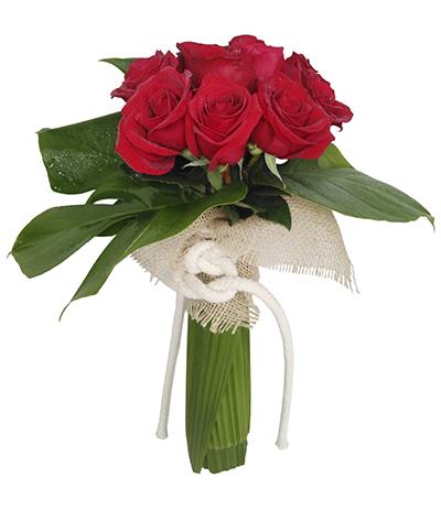 541 Buquê de 7 Rosas Vermelhas Importadas finalizado com Costelas de Adão e Juta